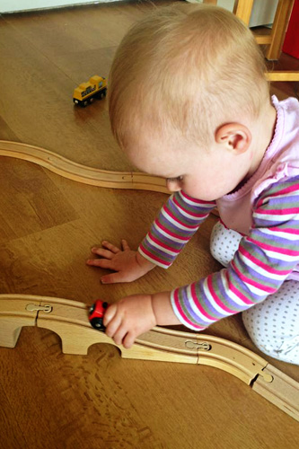 Toddler Independent Play   Childhood 101