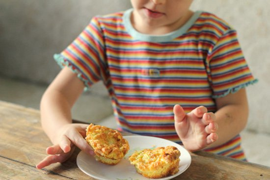10 Easy & Healthy Alternatives to Packaged Breakfast Cereal for Kids