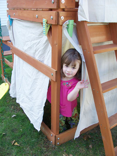 outdoor play ideas forts
