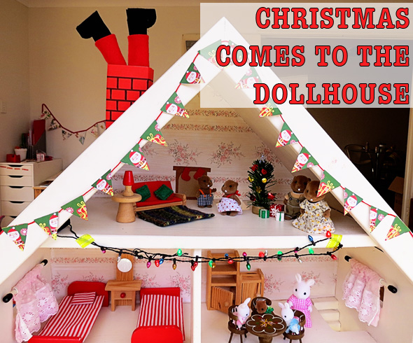 Our Play Space: Christmas Comes to the Dollhouse