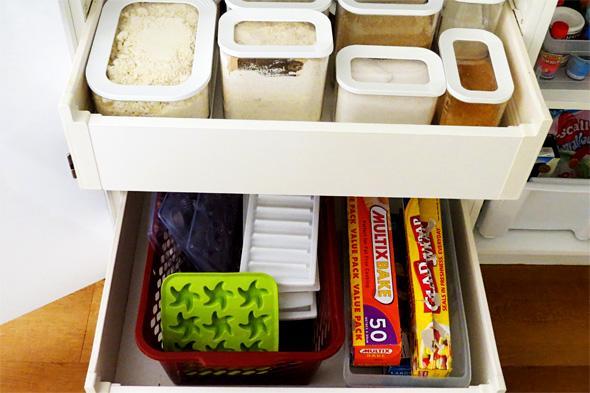 kitchen pantry organisation