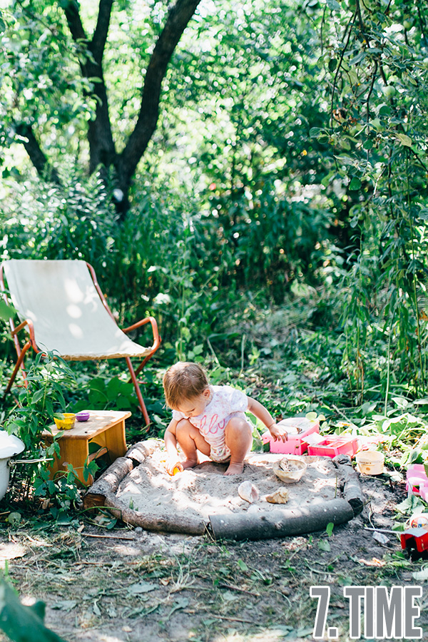 Backyard play areas kids adore