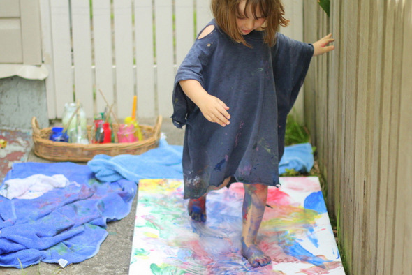 Outdoor activities with kids - Body painting with washable water colours