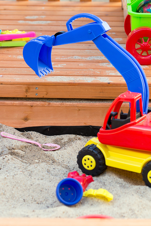 Outdoor Play Area Inspiration: Ideas for Outdoor Sensory Play
