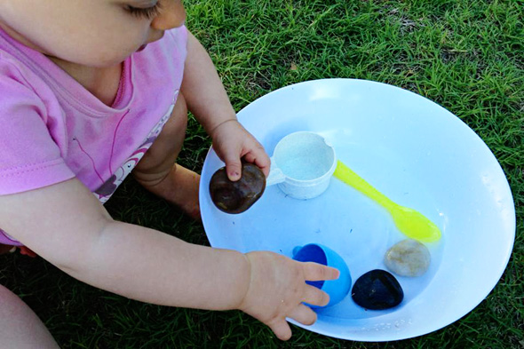 games to play with babies- starting out with water play