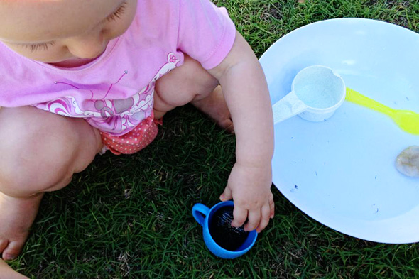 playing with babies- starting out with water play