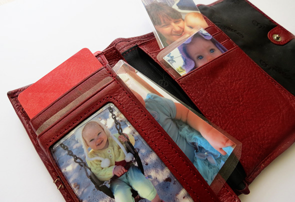 Baby play ideas @Childhood101 - the play purse