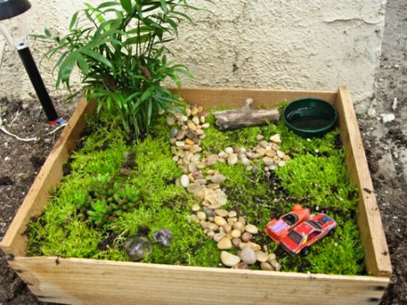 Fairy garden - outdoor play in small spaces