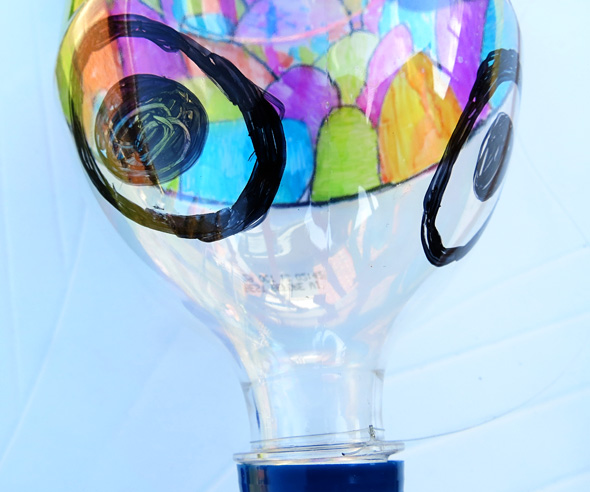 Art Projects for Kids_Recycled Bottle Koinobori Kite