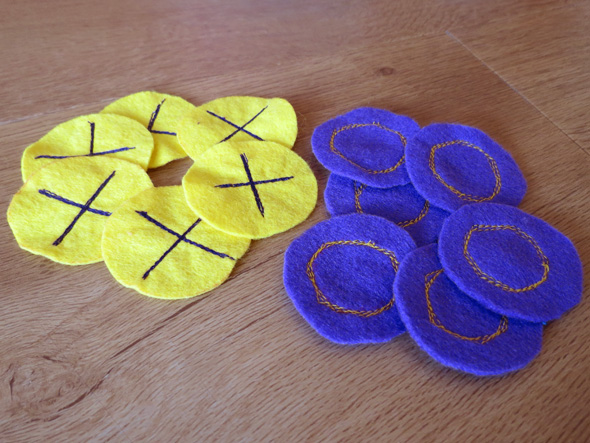 Make Your Own Felt Tic Tac Toe Game