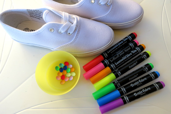 Childhood 101_Decorate tennis shoes