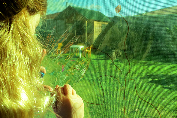 Quick Kids Art Ideas-Cellophane Drawing | Childhood 101