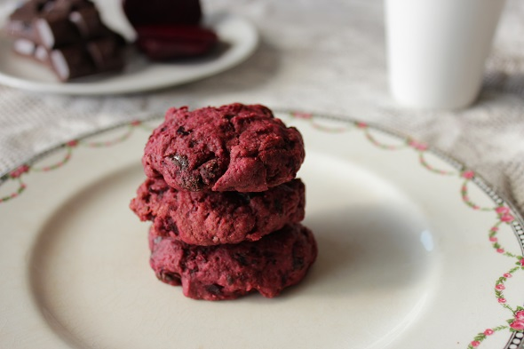 Easy Choc Beet Cookie - Beet Recipes