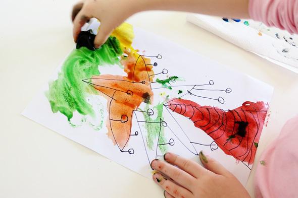 Childhood 101 | Ice painting kindergarten
