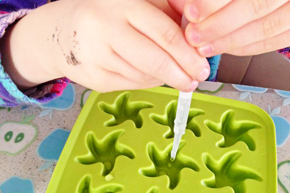 Childhood 101 | Ice painting with ink drawing