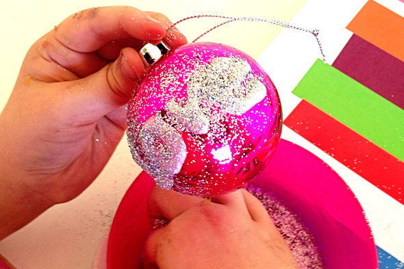 Christmas ideas-personalised glitter baubles | Childhood 101