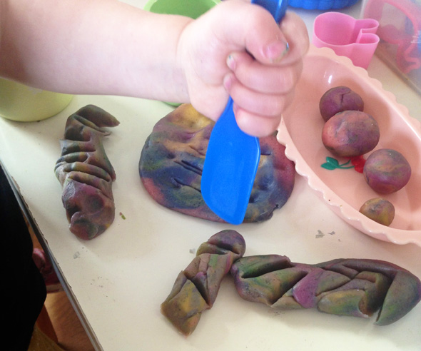 Playdough fun for toddlers- making impressions via Childhood 101