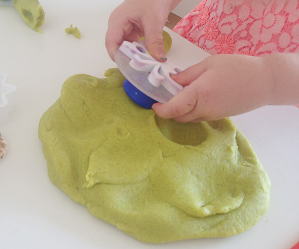 Toddler playdough fun-impression making tools via Childhood 101