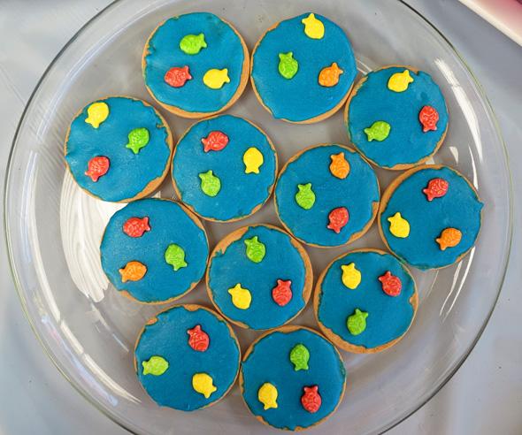 Mermaid beach party food ideas via Childhood 101