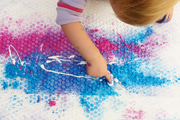 Sensory activities: Bubble Wrap Finger Painting via Childhood 101