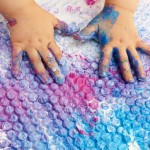 Sensory activities_Bubble Wrap Painting via Childhood 101
