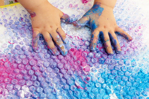 Sensory Fun: Bubble Wrap Finger Painting
