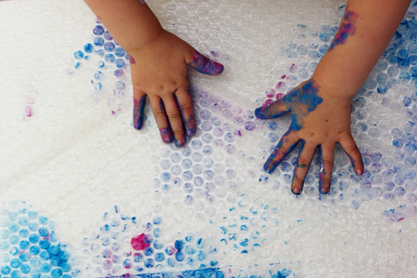 Sensory activities: Finger Painting on bubble wrap