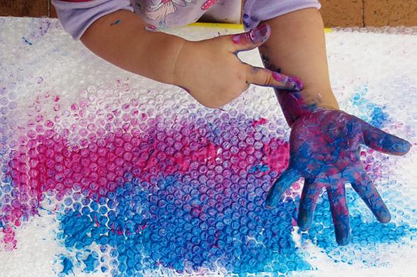 Sensory activities_Bubble Wrap Finger Painting via Childhood 101