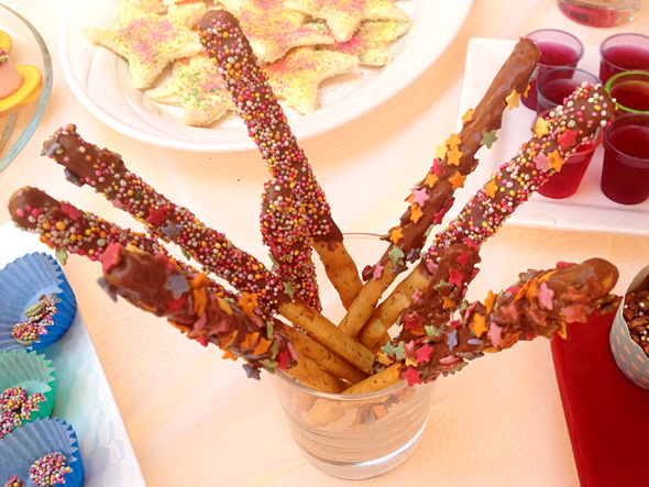 Rainbow party food_ Sprinkle stick wands