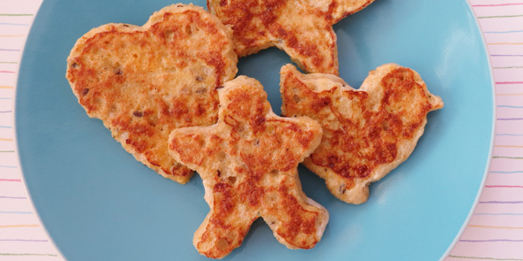Healthy breakfast recipes for kids:French toast shapes
