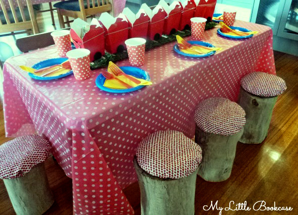 Budget birthday party ideas_Table setting 4_590