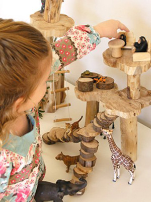 18 Small Worlds for inspiring imaginative play