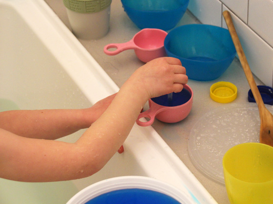 Simple Kids Science: Bathtub Science Lab