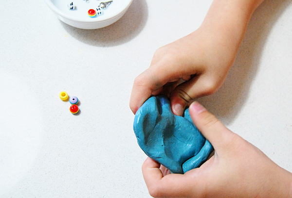 21 silly putty activities and homemade putty recipe. Great fine motor activities for kids