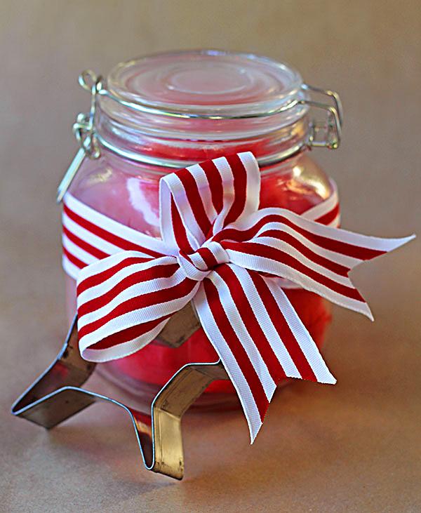 Christmas peppermint playdough recipe: Gift ideas for kids