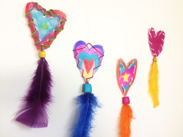 Hanging hearts Valentines craft activity for kids