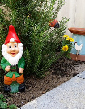 Kids-in-the-Garden-Fairy-Garden-Ideas-at-Childhood-101