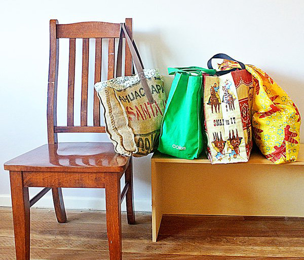 Easy-Green-for-Families-8-Tips-for-Remembering-Your-Reusable-Shopping-Bags