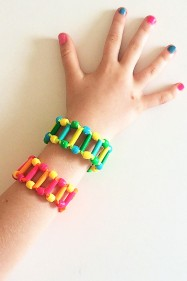 Fun Ladder Bracelets from Shoelaces to make with tweens and teens
