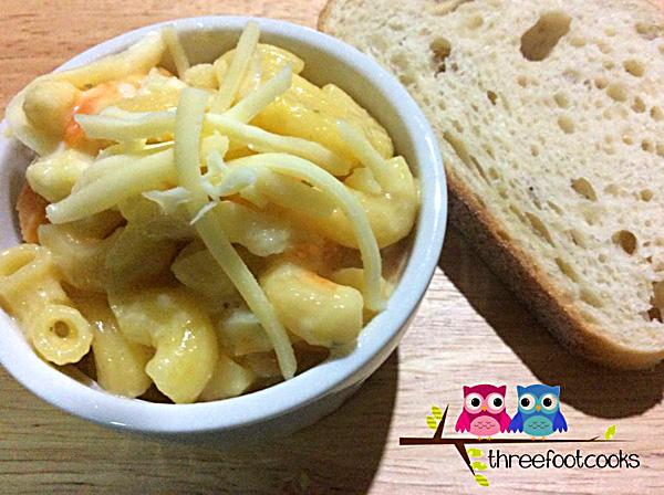 One Pan Veggie Packed Mac & Cheese Recipe