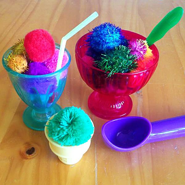 Simple toddler play ideas: Pom pom pretend play
