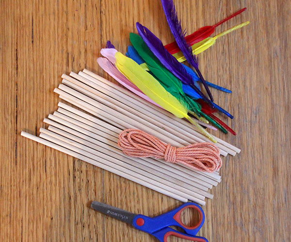 A Week's Worth of Boredom Busters: 7 Invitations to Play that Get Kids Playing!