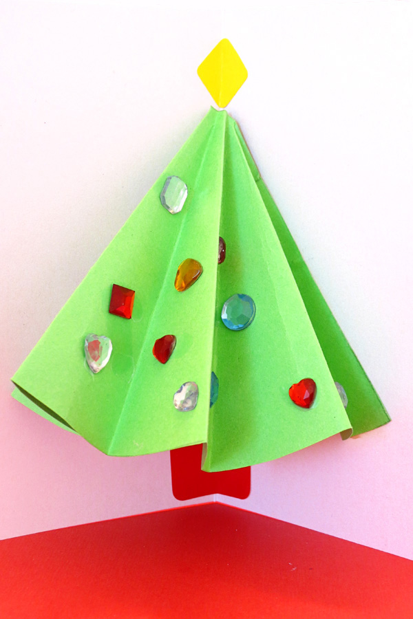 Christmas craft projects for kids:Pop Up Christmas Tree Card