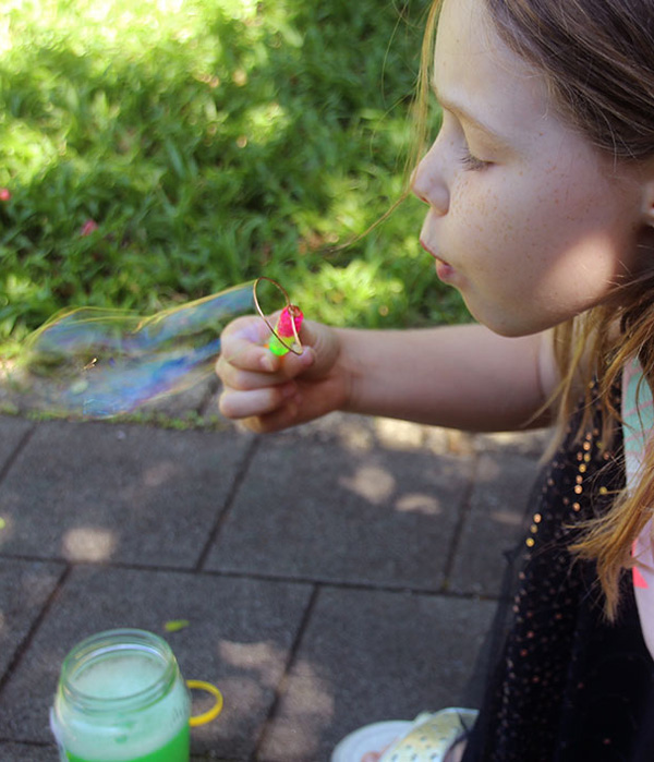 Bubbles Science Experiment for Kids: What Can We Find to Use As A Bubble Blower