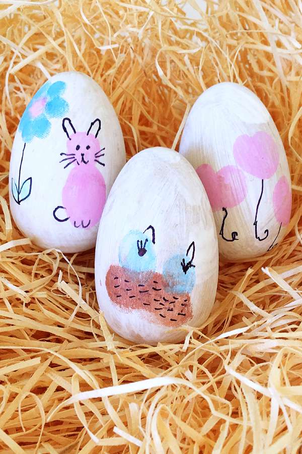 Thumbprint Art Easter Egg Decorating Idea