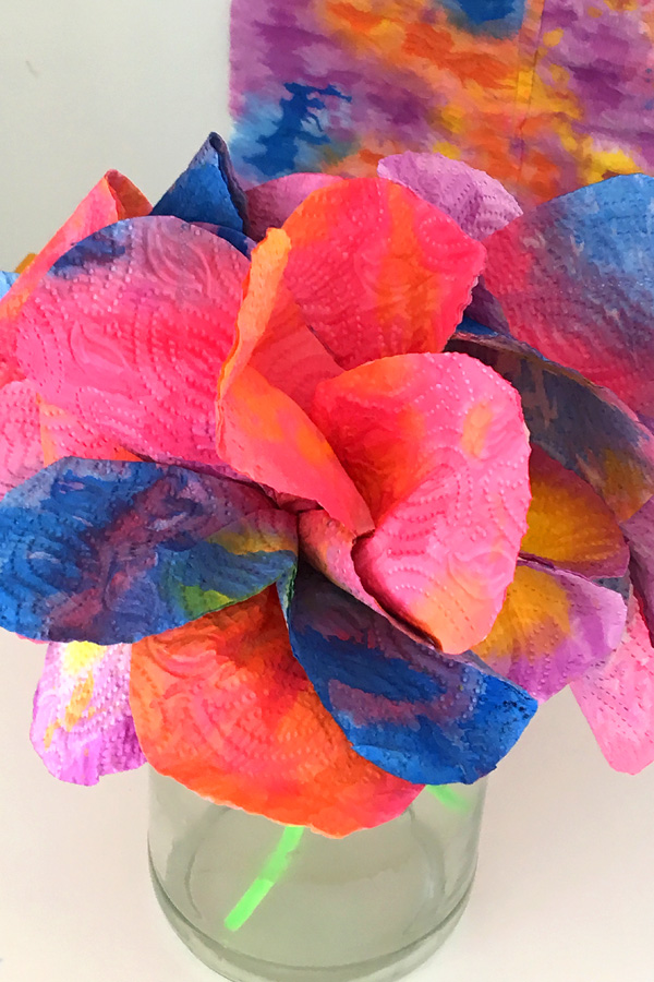 paper towel craft ideas craft idea drip painted paper towel flowers 5137