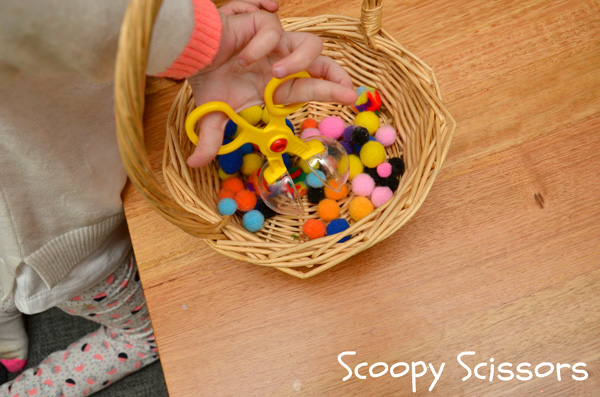 5 Funtastic Fine Motor Activities for Toddlers & Preschoolers. SImple to set up and fun to play, the kids will love these!