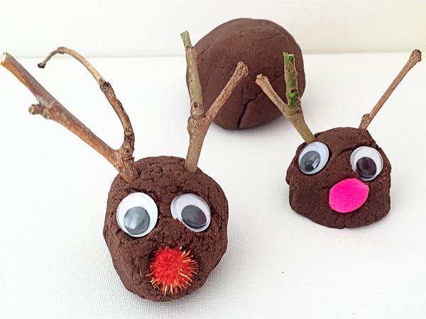 {Not So Hot} Cocoa Playdough Recipe + 3 Ways to Play
