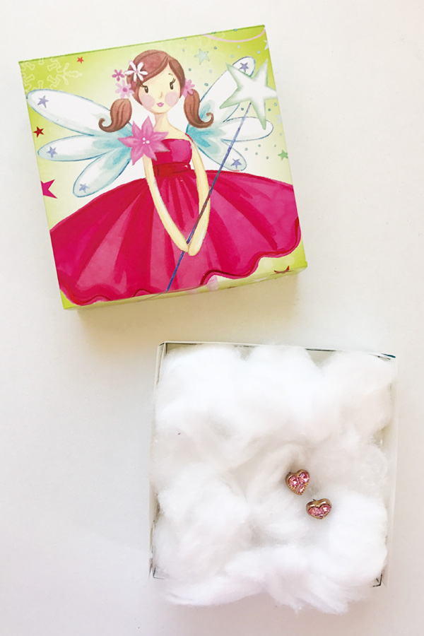 Gift Wrapping Ideas: Simple Fold Gift Boxes from Christmas Cards