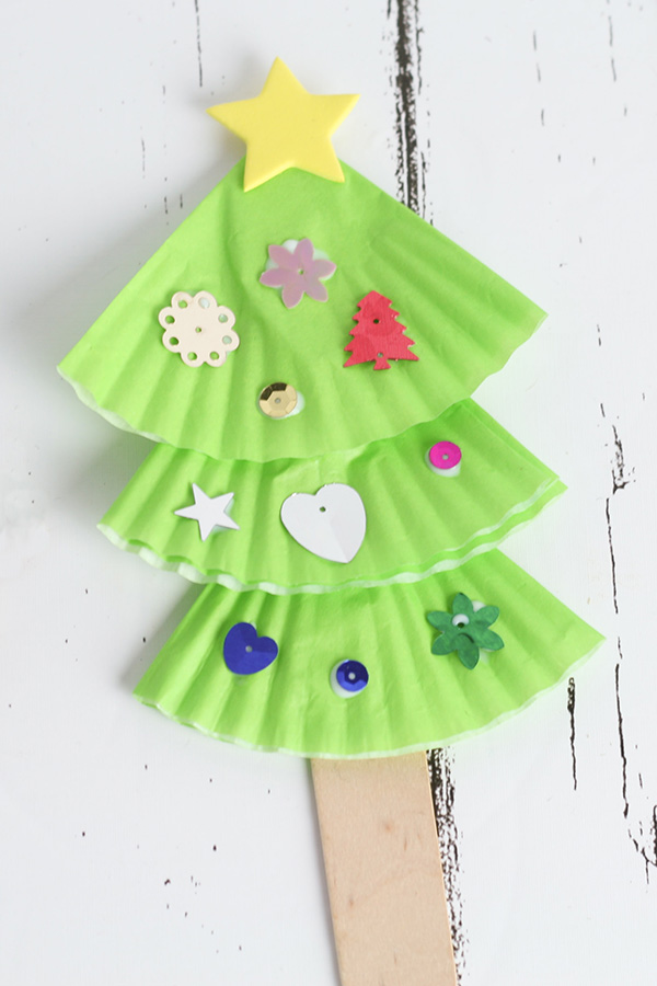 Preschool Christmas tree craft tutorial